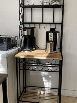 Coffee Hutch Bakers Rack for Sale in Hopkinton,  MA