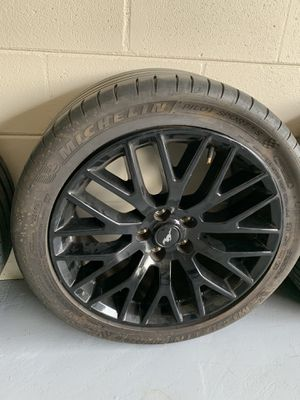 2019 Shinny black rims flawless not a scratch on them for Sale in Tampa, FL