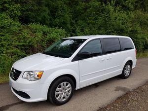 2016 dodge caravan SE for Sale in Rainier, OR