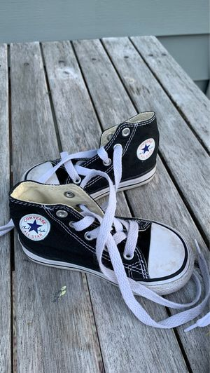 Converse toddler size 6 for Sale in Everett, WA