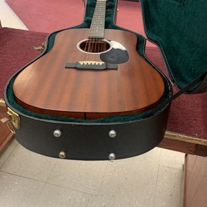 Martin Acoustic Guitar for Sale in Pflugerville, TX