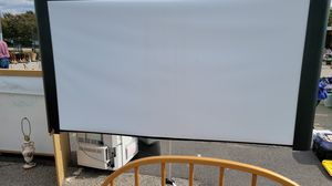 Accolade DUET 80 INCH SCREEN for Sale in Raleigh, NC