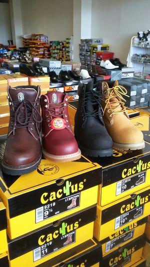 Work boot for Sale in Manassas Park, VA