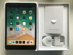 """Apple iPad mini -3, (Wi-Fi ONLY Internet access) Usable with Wi-Fi """"as like nEw for Sale in Springfield, VA"""