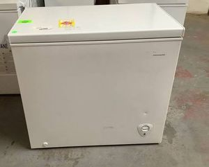 FRIGIDAIRE chest freezer Model:FFFC07M2UW❄️❄️❄️❄️ 56Y for Sale in Riverside, CA