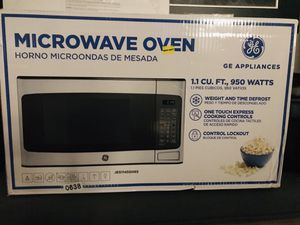 GE Microwave for Sale in Fresno, CA