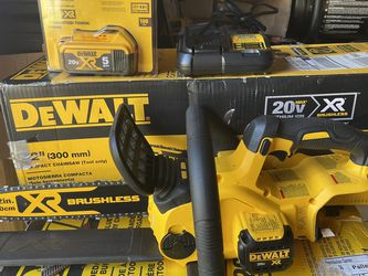 """Dewalt 12"""" Brushless Xr Chainsaw With 5 Amp Battery And Charger Not Negotiable Brand New for Sale in Plant City,  FL"""