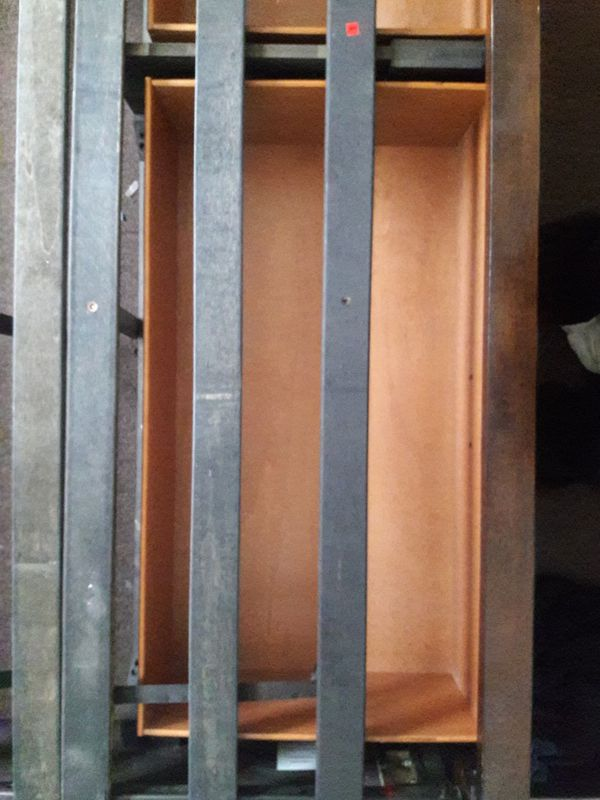 Queen size frame w/ 2 draws