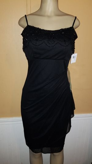BEAUTIFUL DRESS for Sale in Franklin, TN