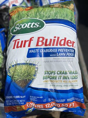 SCOTTS TURF BUILDER for Sale in Delaware, OH