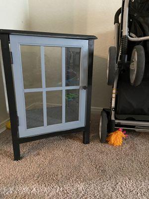 Small shelf for Sale in San Antonio, TX