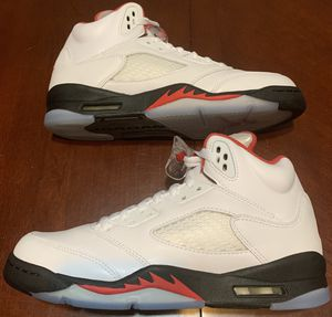 Air Jordan 5 Retro (GS) Size 7Y (8.5 in Womens) for Sale in Milwaukee, WI