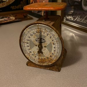 Antique Old Scale for Sale in Queen Creek, AZ