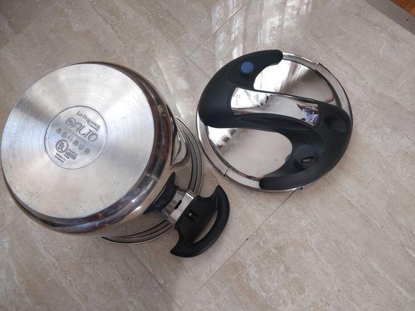 La Provence Pressure Cooker Like New Easy Use