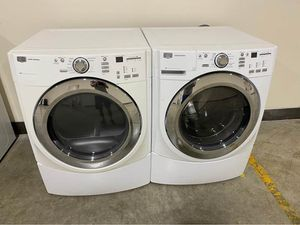 Newer Maytag Heavy Duty Super Capacity Washer & Dryer Set Cost $1,800 for Sale in Strongsville, OH