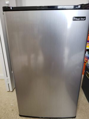 Mini Refrigerator for Sale in Charlotte, NC