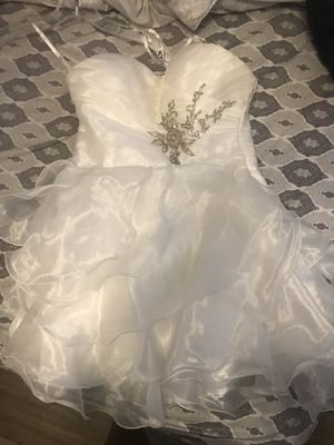 White ruffle short dress for Sale in New Port Richey, FL