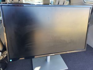 27in Samsung computer monitor for Sale in Fresno, CA