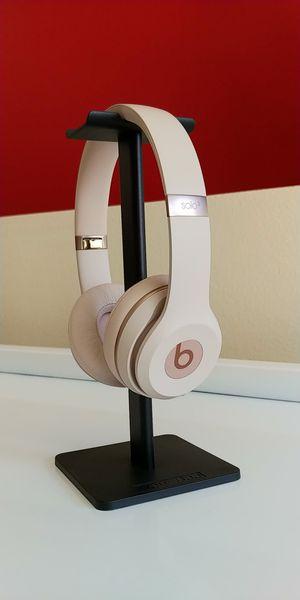 Beats Solo 3 Wireless On-Ear Headphones - Matte Gold for Sale in Seattle, WA