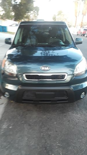 2010 Kia soul sport for sale automatic transmission with 106k miles for Sale in Las Vegas, NV