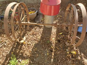 ANTIQUE TRACTOR AXEL for Sale in Grove City, OH