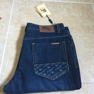 Men's size 34x34 Burberry Designer Jeans NEW! for Sale in Castro Valley, CA