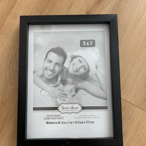 6 Photo frames of size 5*7 for Sale in Milpitas, CA
