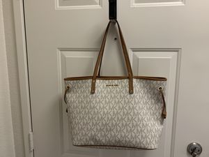 Brand New Michael Kors purse for Sale in San Diego, CA