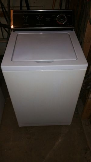 WASHER WHIRLPOOL 24INCH WIDE RUNS GREAT for Sale in Philadelphia, PA