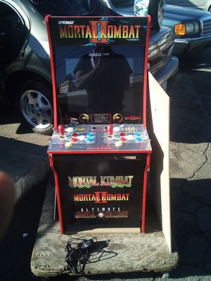 "Arcade ""Mortal Kombat"" for Sale in Moreno Valley, CA"