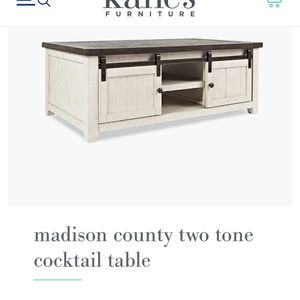 Two Tone Cocktail Table for Sale in Pinellas Park, FL
