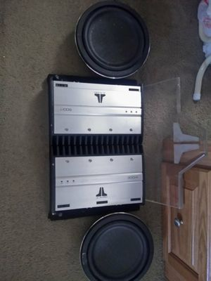 Car audio ,JL AUDIO 500/1 and 300/4 amps and 2 Kenwood 10 inch subwoofers KFC-XW1000F for Sale in Port Arthur, TX