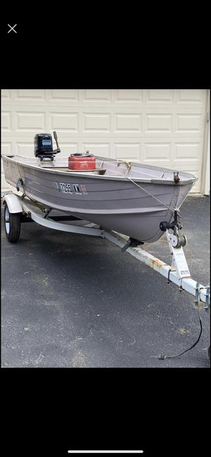 14 ft Starcraft aluminum boat. Shore lander trailer. No motor for Sale in Schaumburg, IL