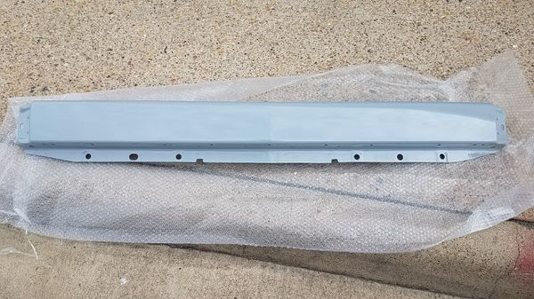 CHEVY SILVERADO 1500 FRONT BUMPER,VALANCE AND ENDS 2007-2013
