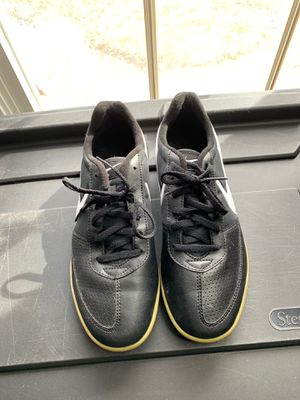 Indoor soccer shoes sz8.5 for Sale in Fort Washington, MD