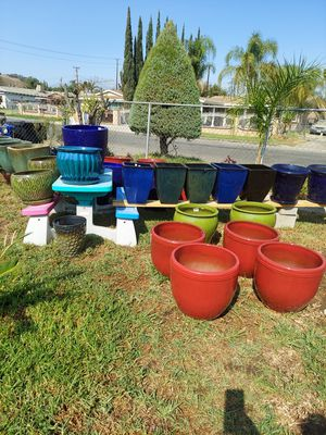 Flower / Plant Pots for Sale in Bloomington, CA