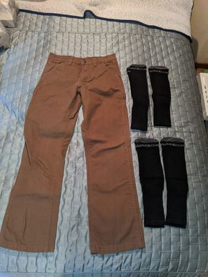Craftsman carpenter work pants w/(4) pairs of Fruit of the Loom boot socks for Sale in Graham, WA