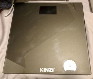 NEW!!! Never Used Kinzi Digital Scale w/Extra Large Lighted Display for Sale in Long Beach, CA