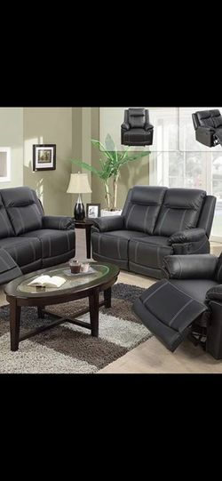 Black Leather Fully Reclining Three Piece Couch Set for Sale in Vancouver,  WA