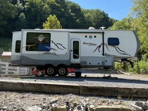 Fifth wheel camper for Sale in Woodbury, TN