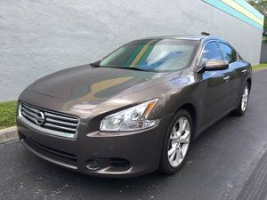 2012 Nissan Maxima for Sale in Miami, FL