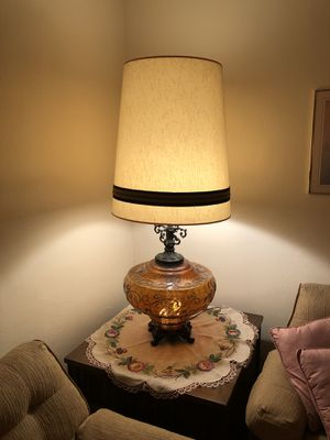 Large table lamp for Sale in Monroeville, PA