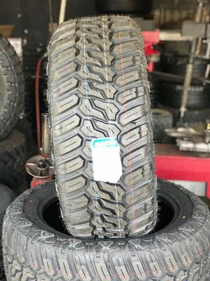 Maxtrek tires 33/12.50r20 for Sale in Montebello, CA