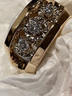 14k diamond ring vs1 for Sale in SKOKIE, IL