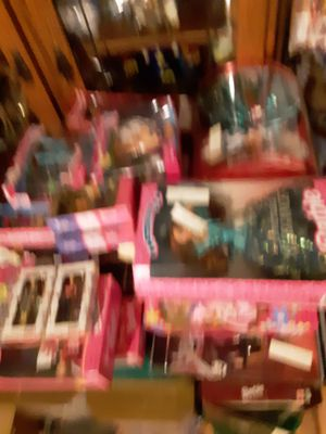 97 old collectable barbies for Sale in Plant City, FL