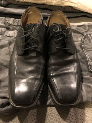 Dress shoes (black) for Sale in Rancho Cucamonga, CA