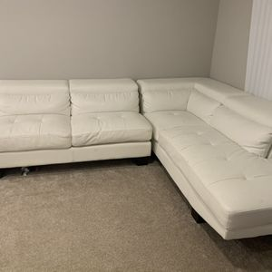 White Leather L Sofa for Sale in Frisco, TX