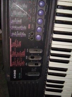 Casio Keeyboard. for Sale in Los Molinos, CA