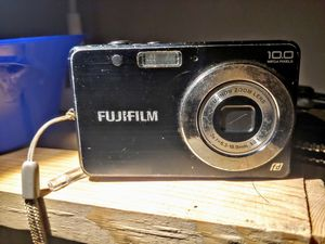 Fujifilm FinePix J20 10MP Digital Camera with 3x Optical Zoom  for Sale in Kearns, UT