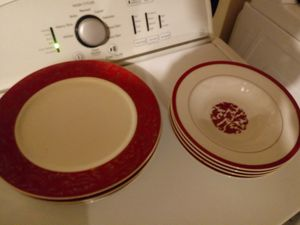 Plate Set for four (4) for Sale in St. Charles, MD